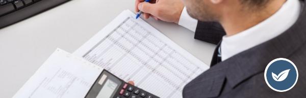 Um preço competitivo de honorários contábeis pode ser sinônimo de eficiência operacional. Por isso, antes de comparar seu valor à média de mercado, confira se o seu escritório está calculando o preço de forma justa e rentável.